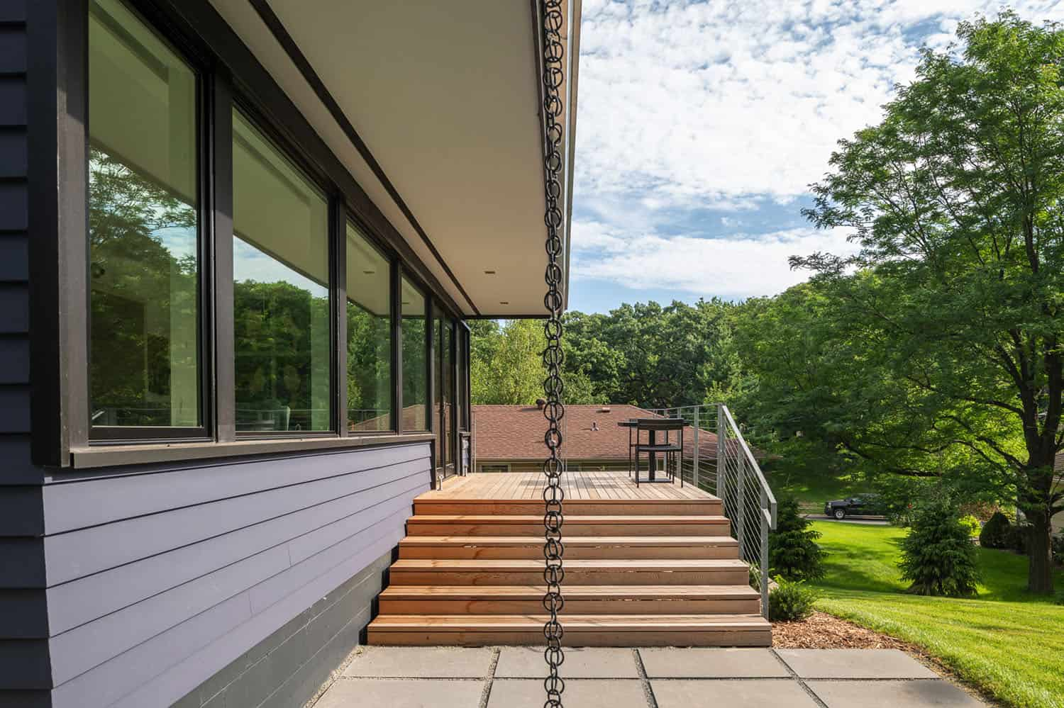 split-level-midcentury-deck