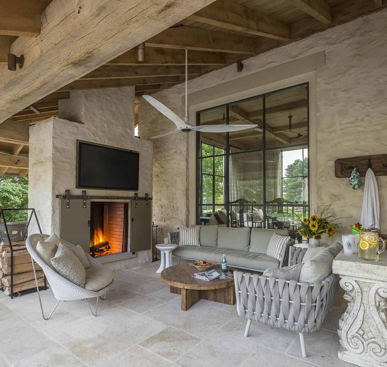 farmhouse-modern-home-patio