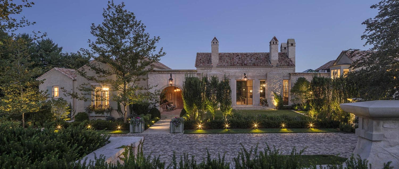 farmhouse-modern-home-exterior