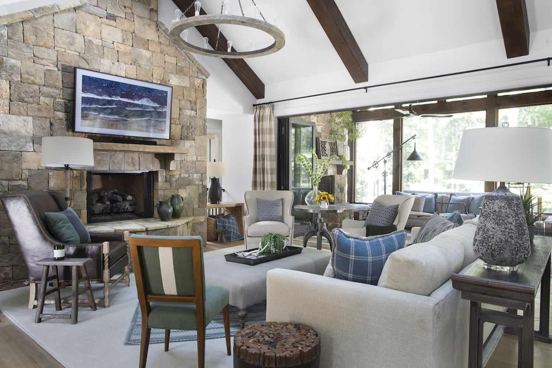 This refreshing modern farmhouse in Georgia provides a cozy atmosphere