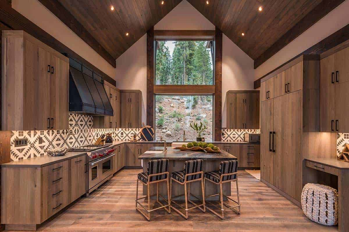 mountain-style-modern-rustic-kitchen