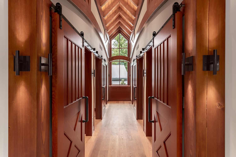 traditional-hall