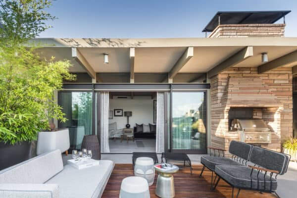 featured posts image for Midcentury penthouse apartment rehab boasts insane views over Seattle