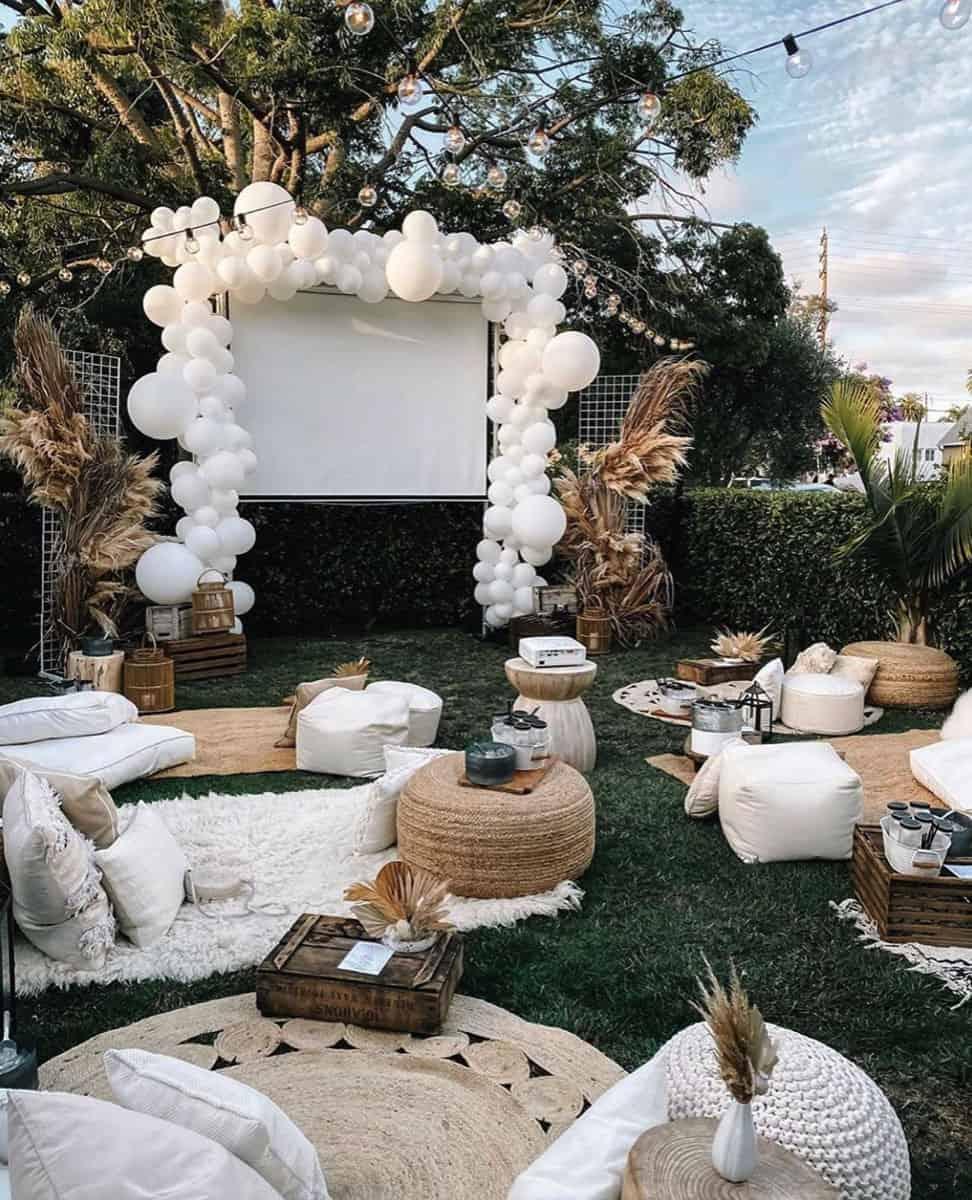 21 DIY Outdoor Movie Screen Ideas For A Magical Backyard