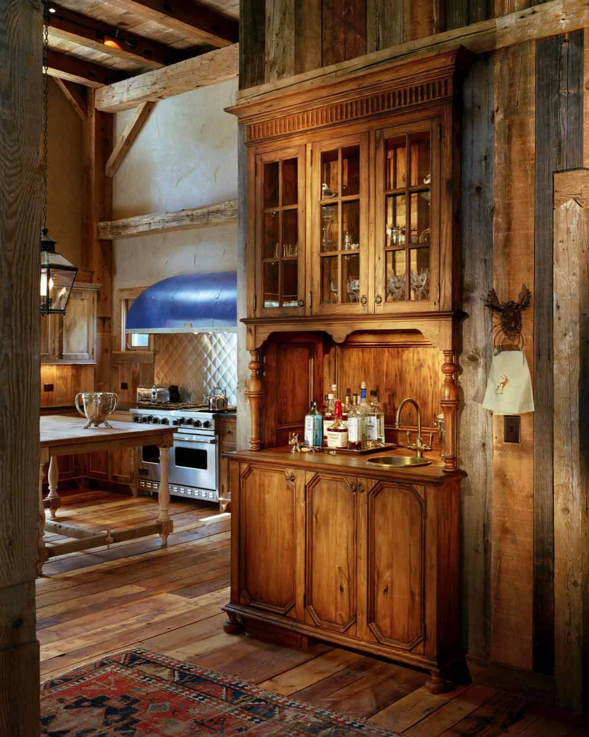 rustic-barn-farmhouse-kitchen