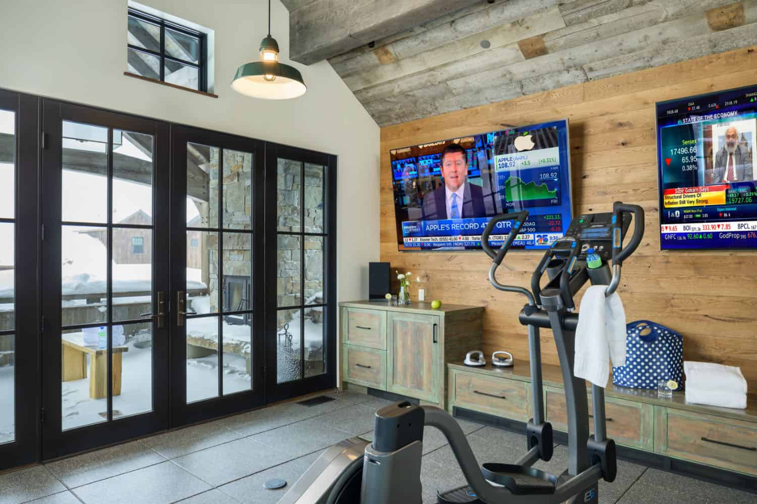 rustic-home-gym