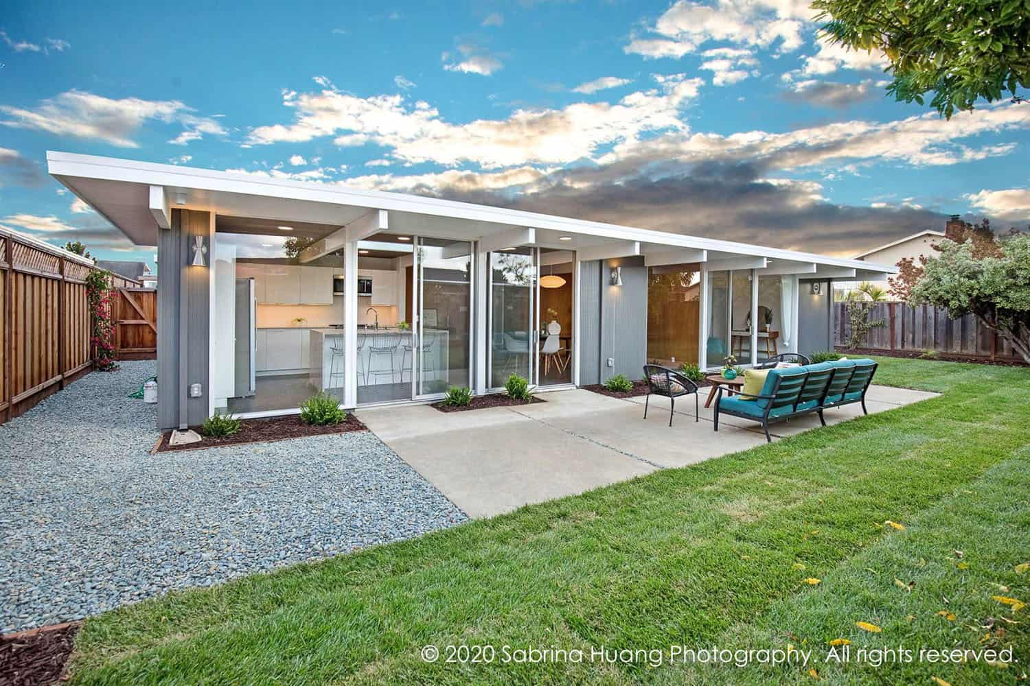 California Eichler house gets budget-friendly remodel with high-end looks