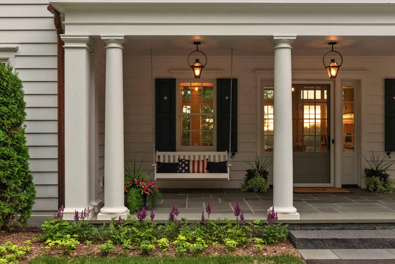 colonial-style-home-front-porch