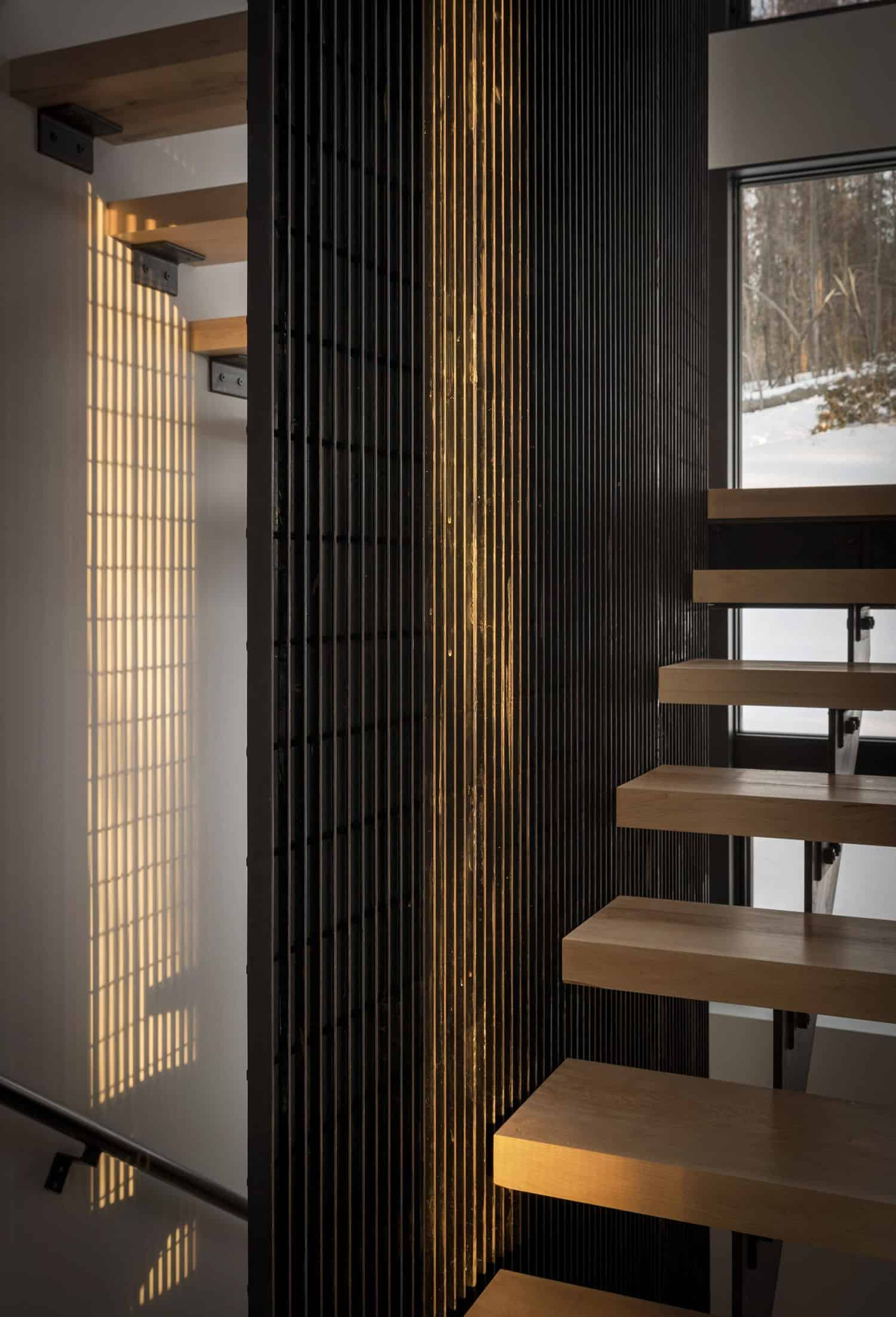 cabin-staircase