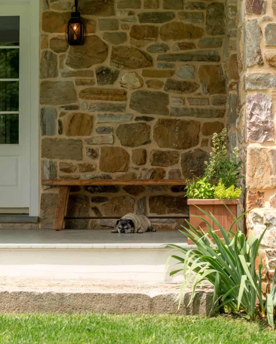 fieldstone-farmhouse-entry