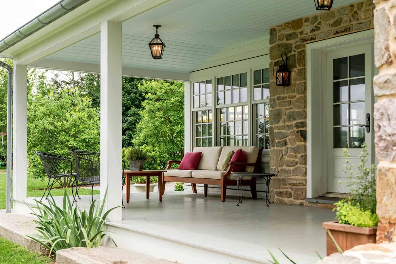 fieldstone-farmhouse-porch