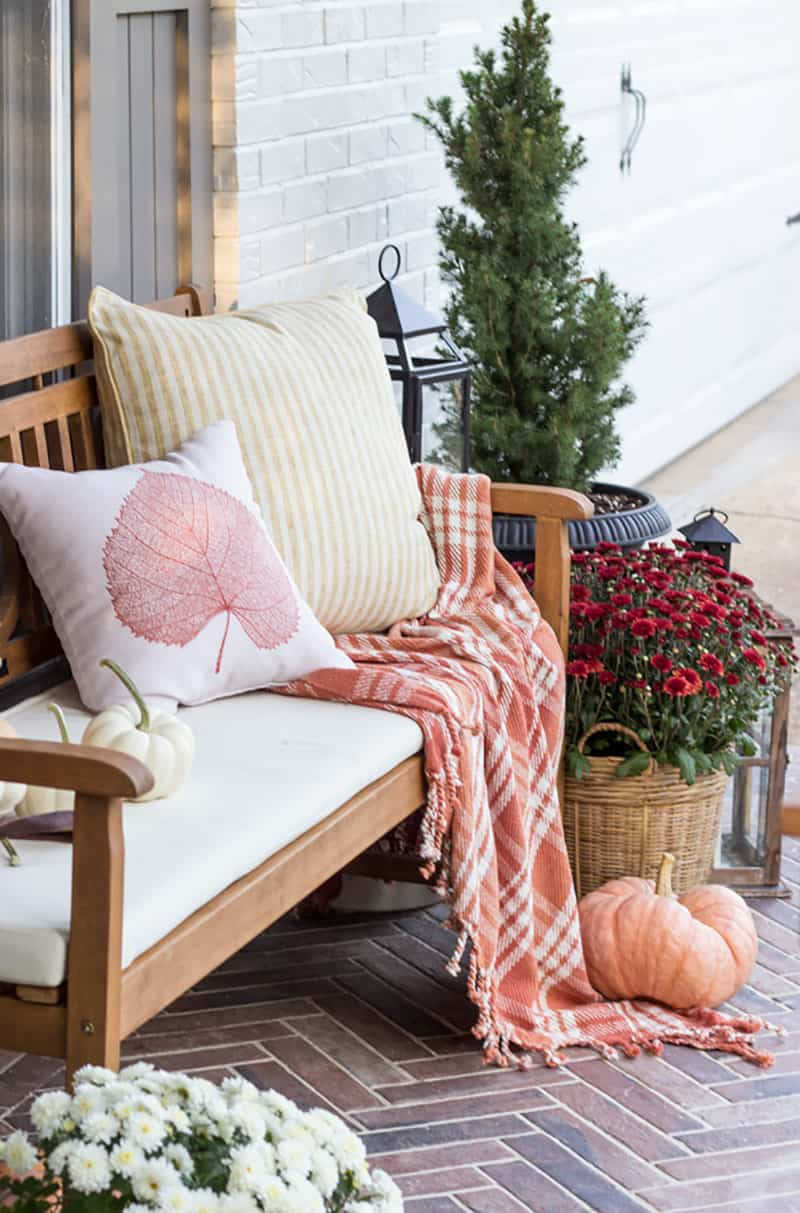 front-porch-dressed-up-for-fall