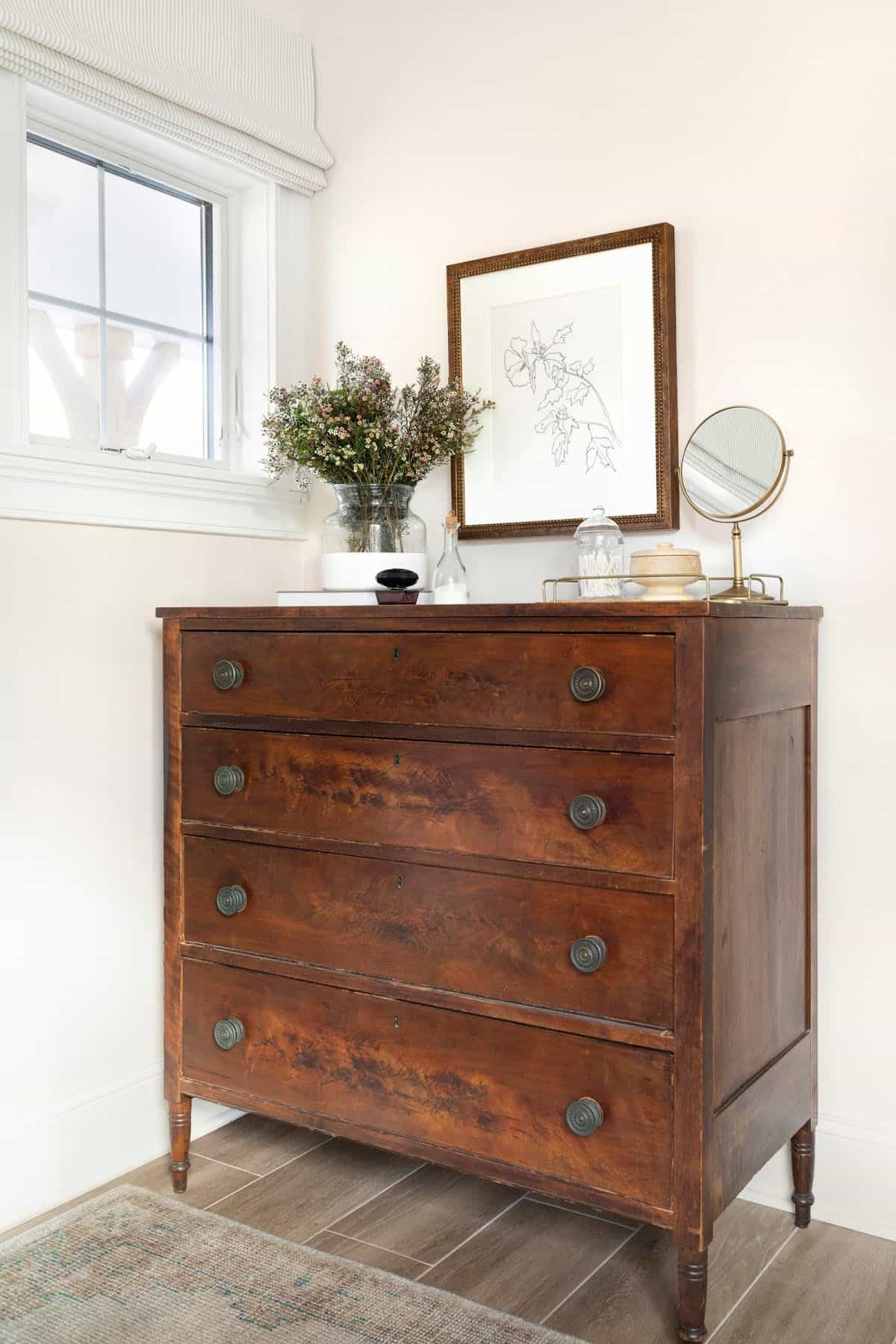 farmhouse-bedroom-dressor