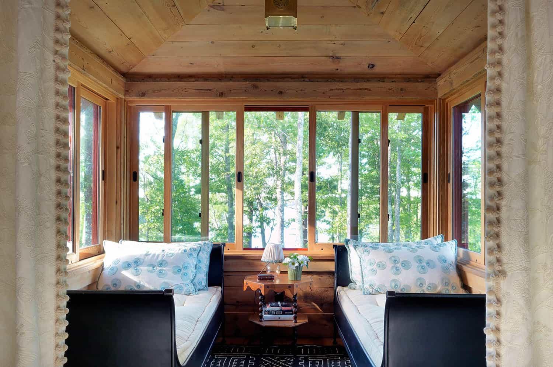 rustic-sleep-porch
