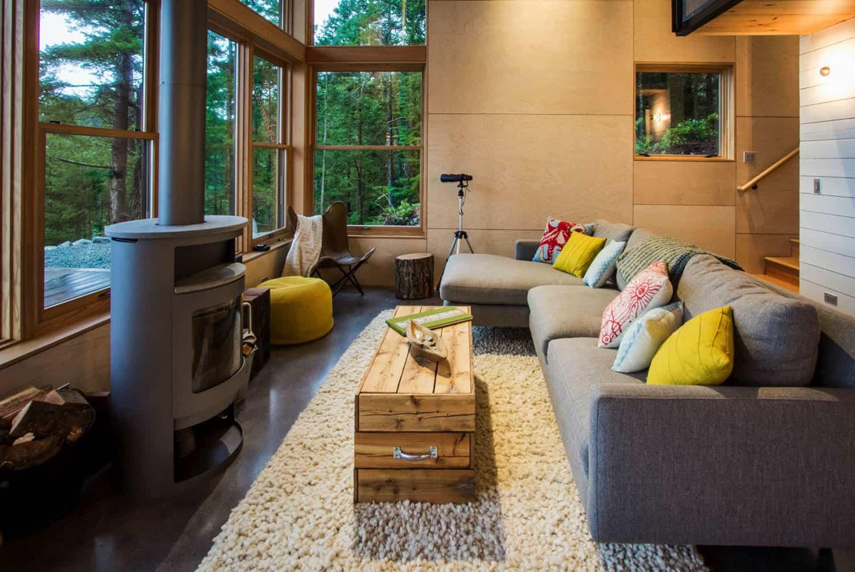 cabin-rustic-living-room