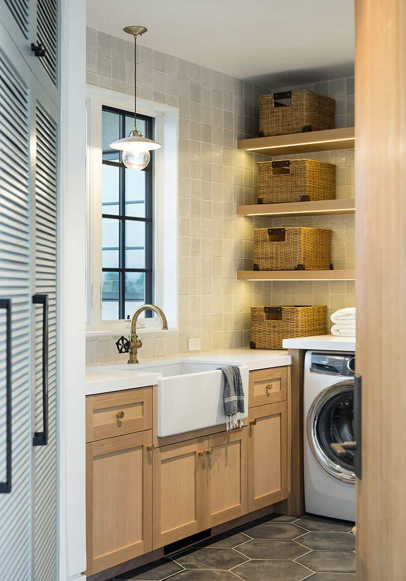 santa-barbara-country-style-laundry-room
