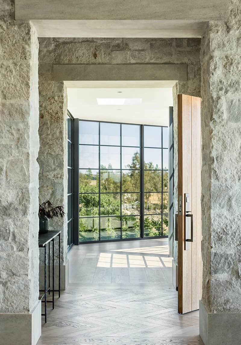 farmhouse-style-entry