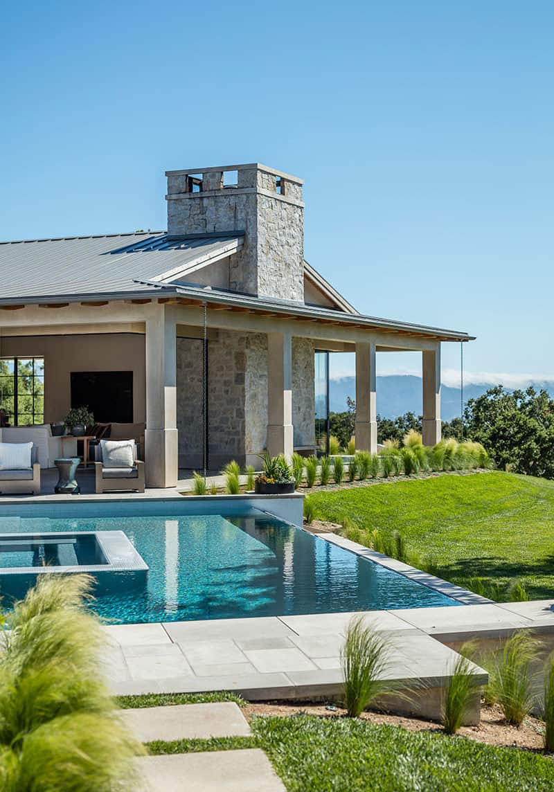 farmhouse-style-swimming-pool