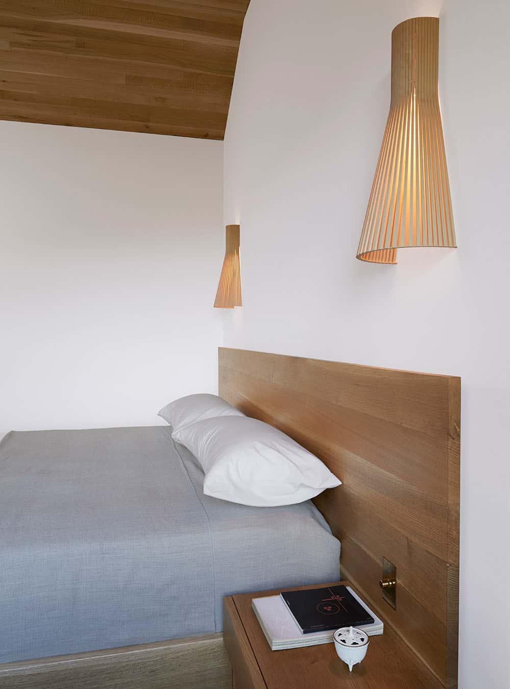 scandinavian-mid-century-bedroom