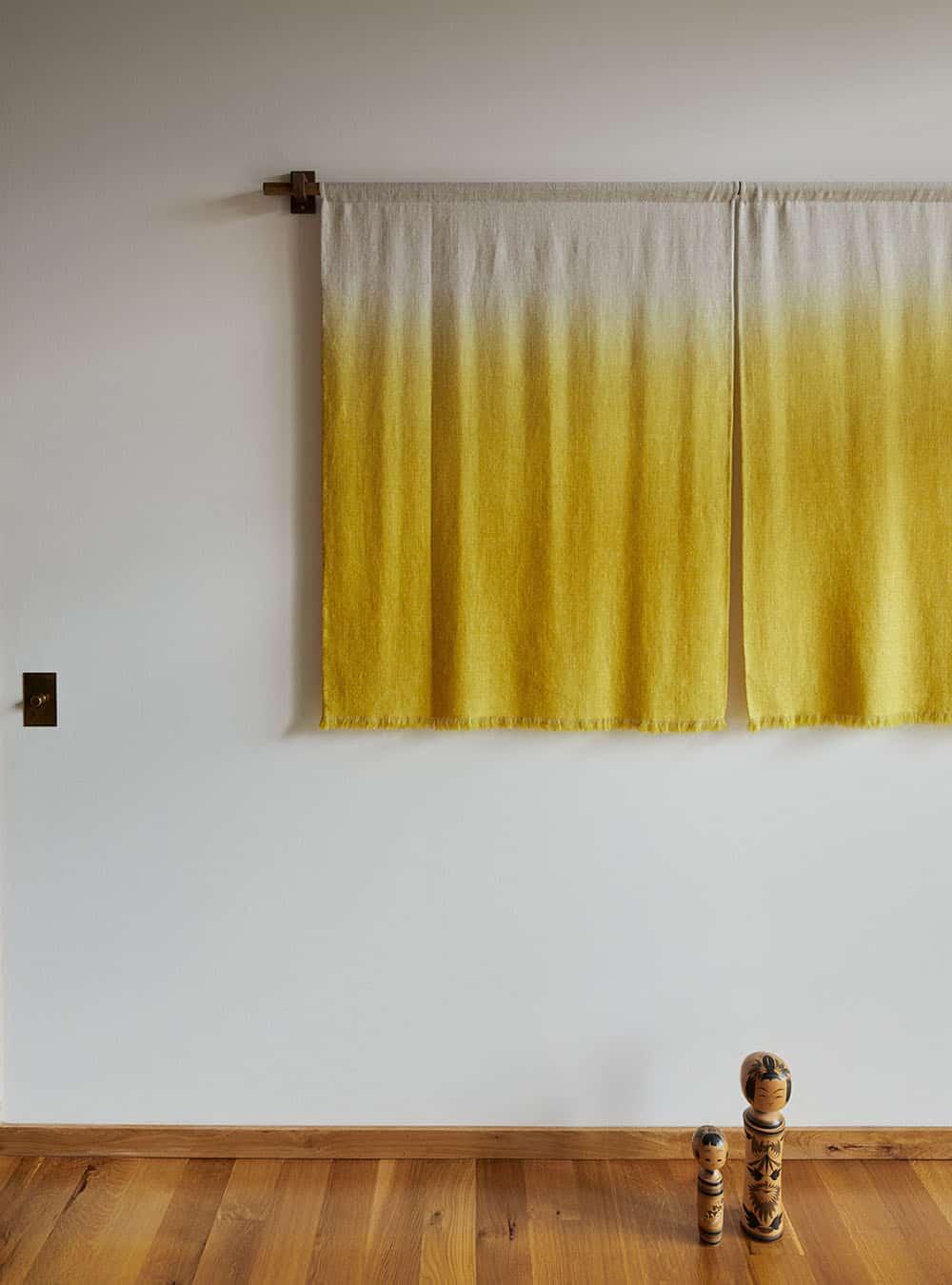 scandinavian-guest-home-bedroom-wall-decor