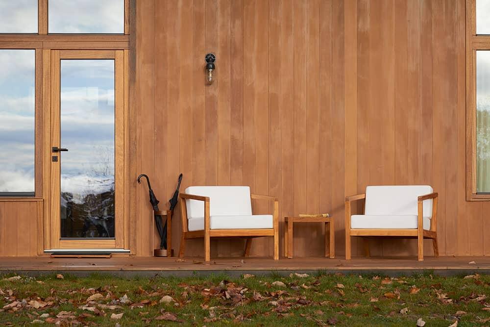 scandinavian-guest-home-exterior
