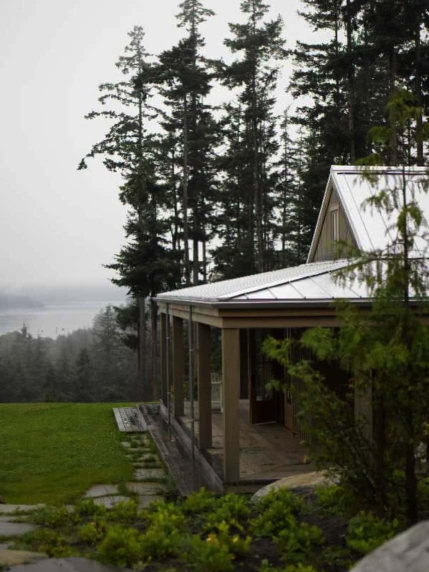 cabin-retreat-exterior