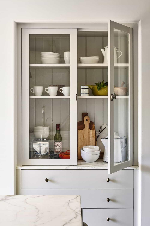 spanish-style-kitchen