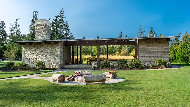 rustic-modern-fieldhouse-retreat-exterior