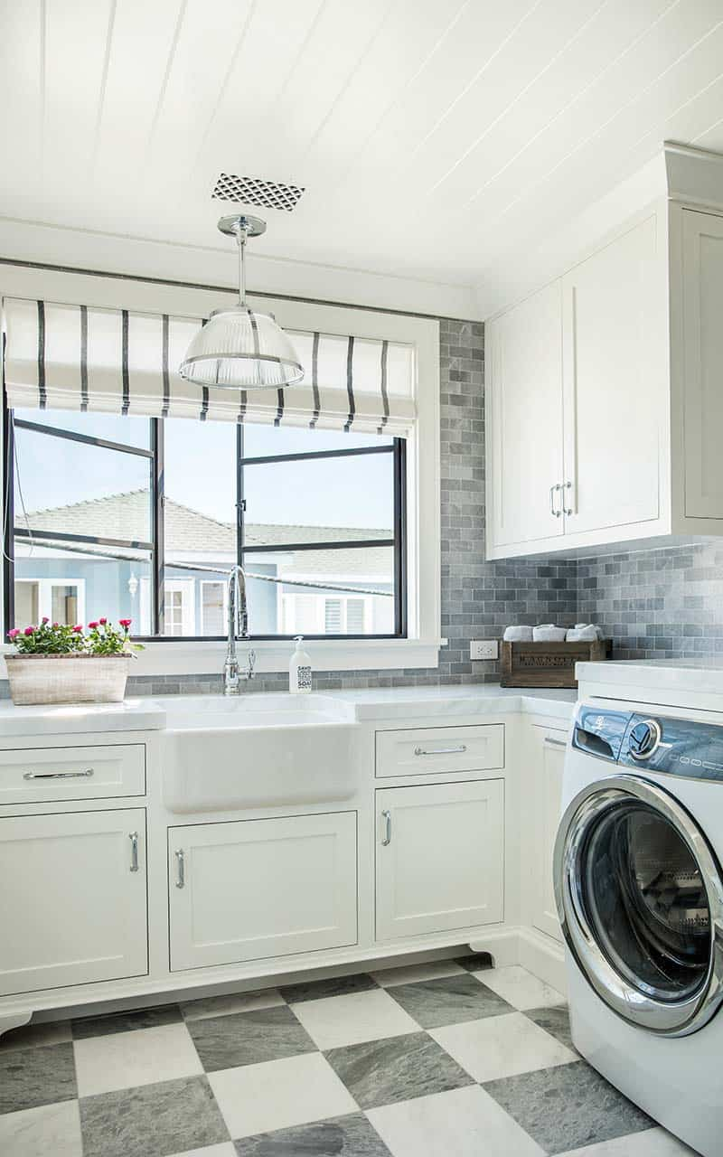 transitional-style-laundry-room