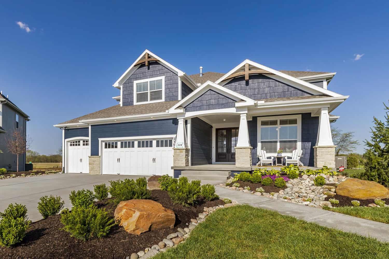 transitional-model-home-tour-exterior