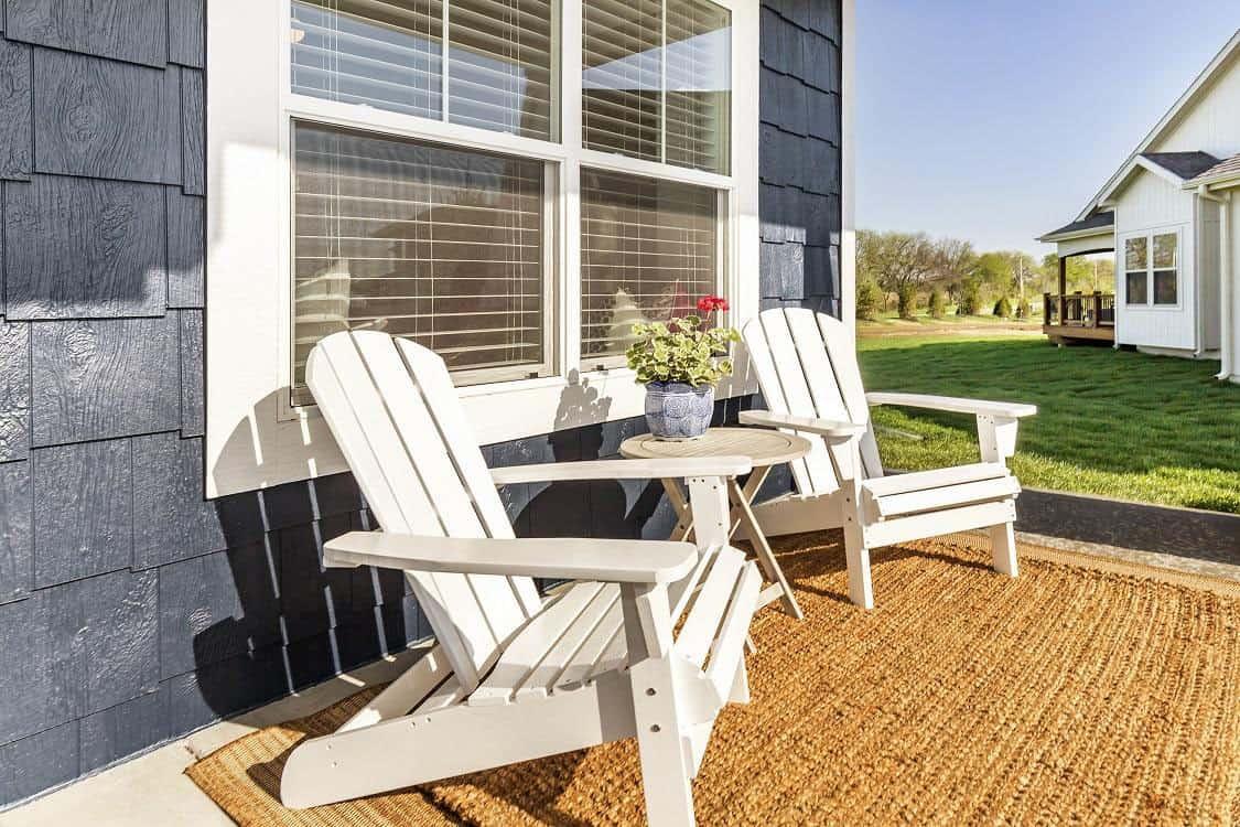 transitional-model-home-tour-porch