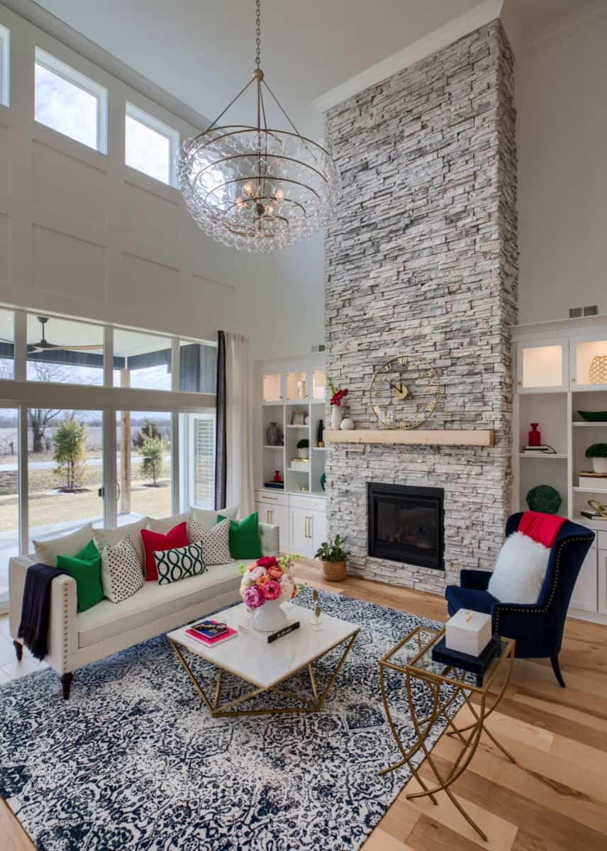 Beautifully inspiring transitional style model home tour in Missouri