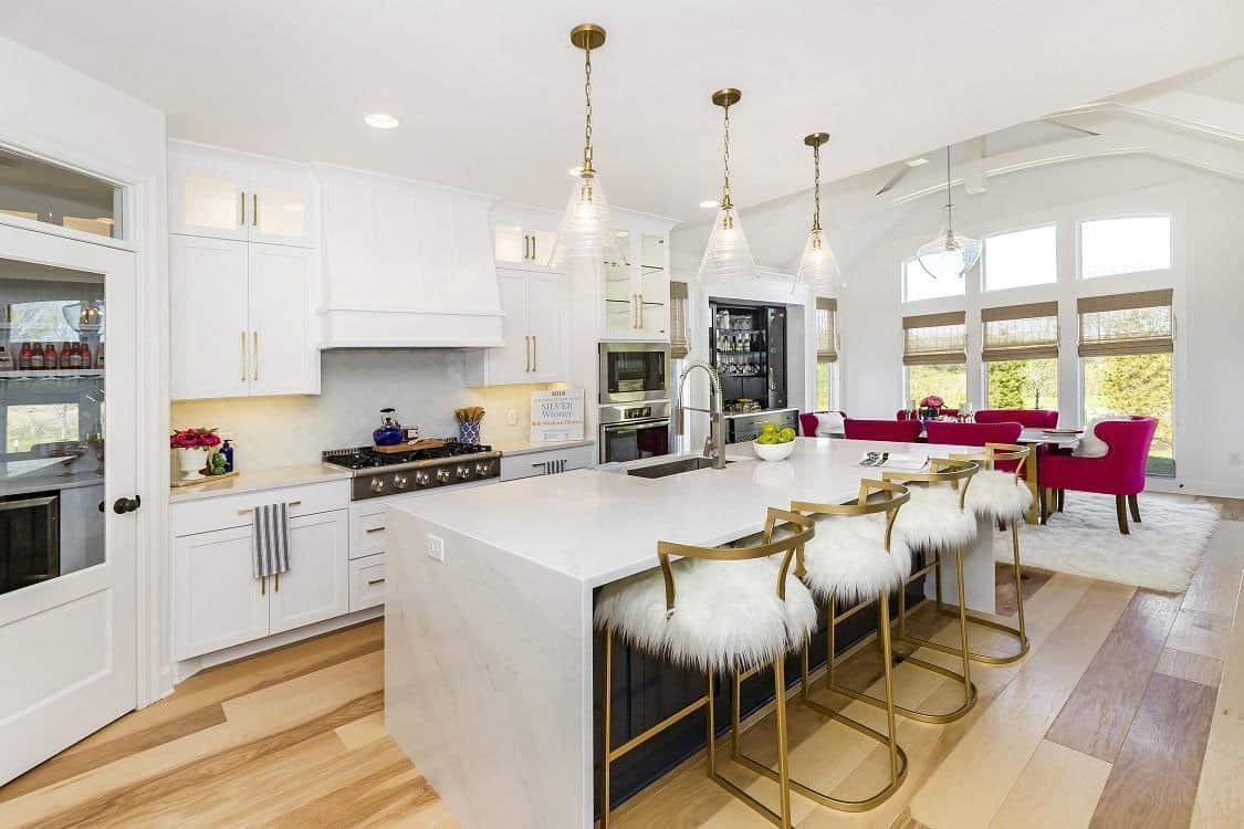 transitional-model-home-tour-kitchen