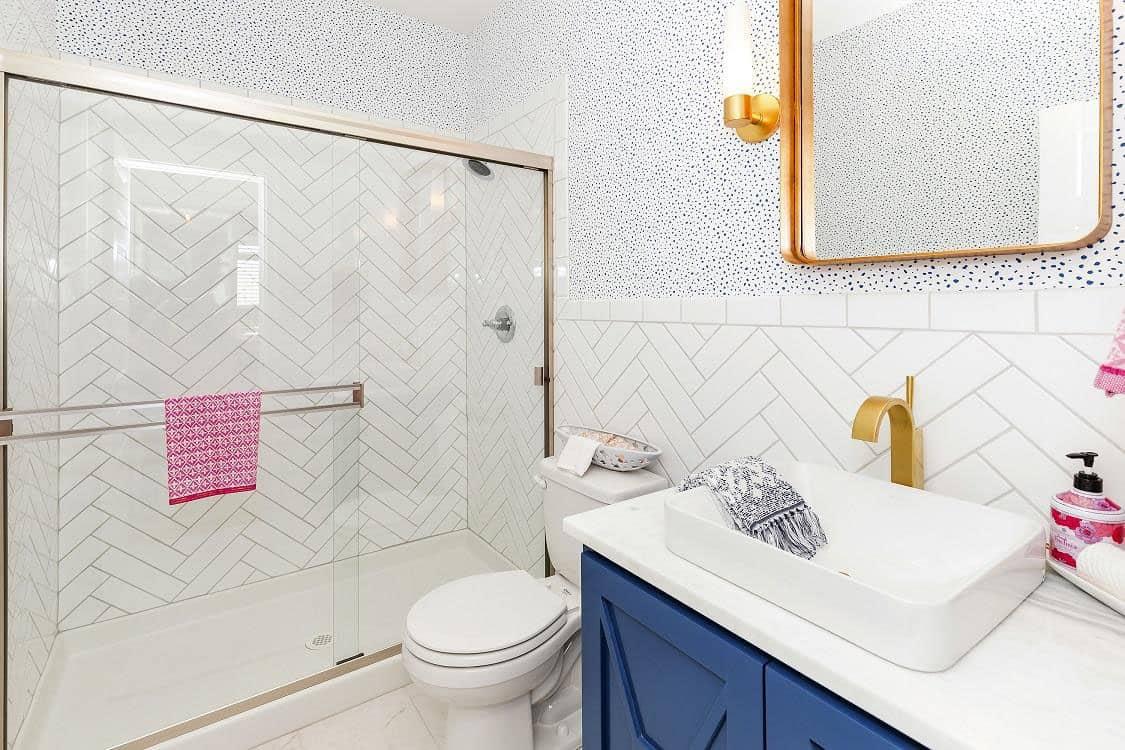 transitional-model-home-tour-bathroom