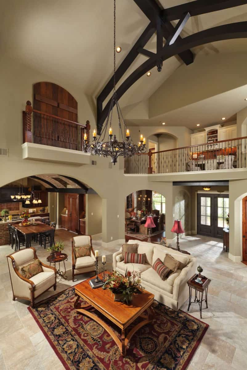 Beautiful Tuscan styled home in Texas with warm and inviting spaces