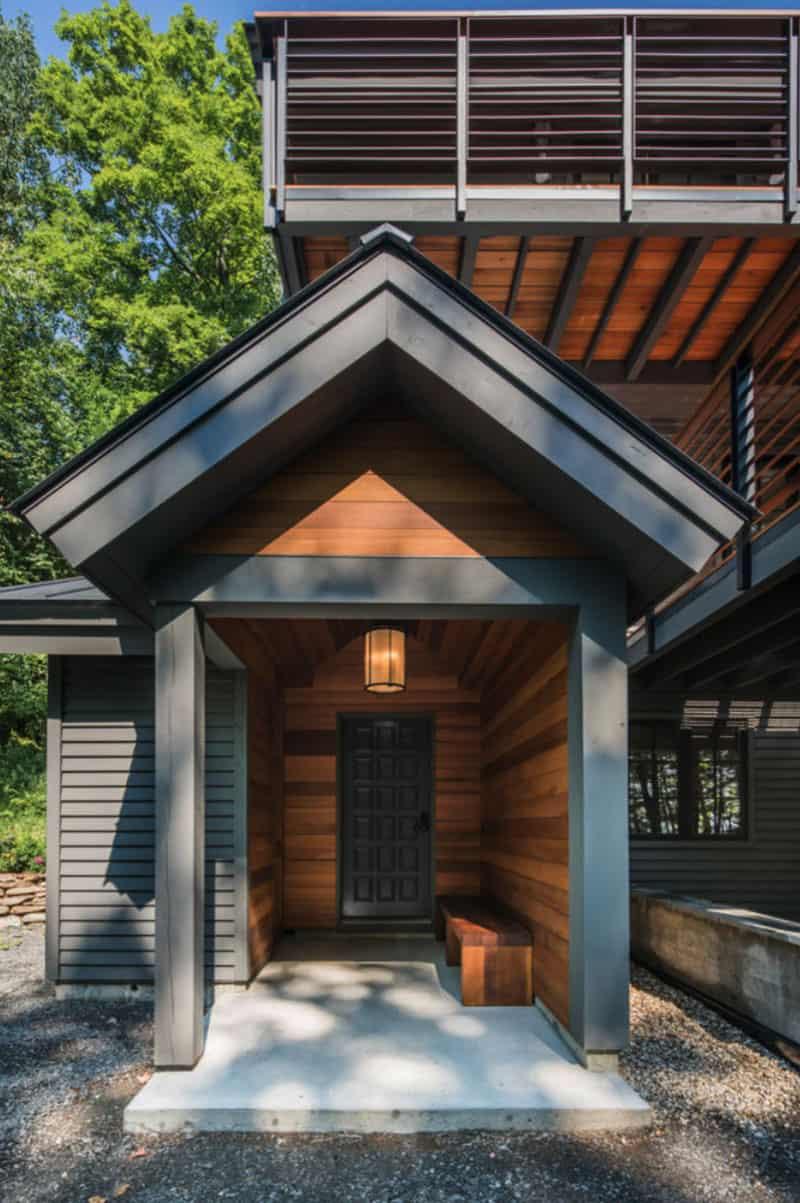 modern-ski-house-entry-vermont