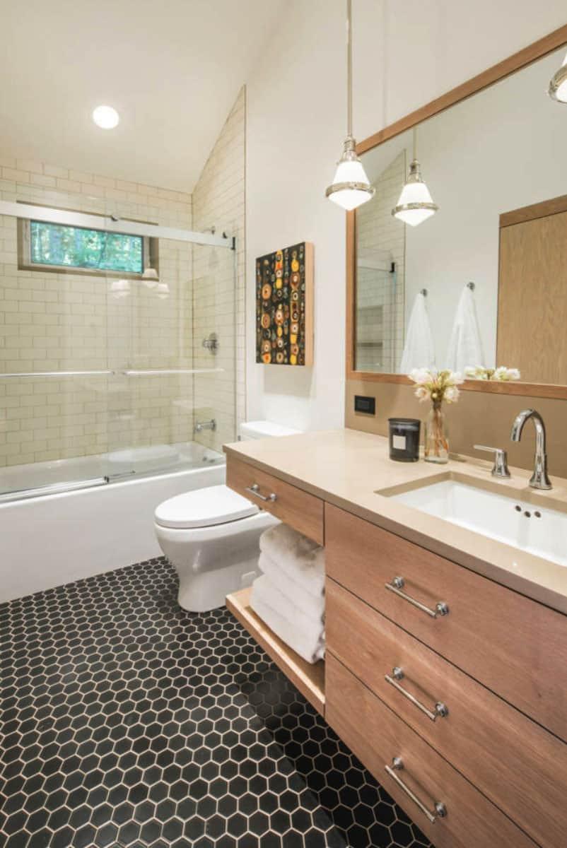 modern-bathroom-vermont