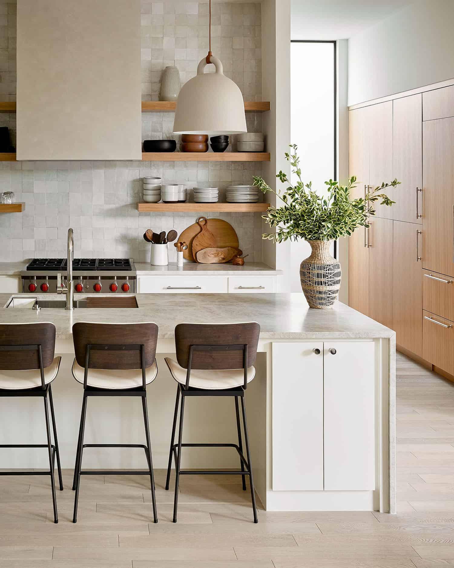 vibrant-dream-home-kitchen