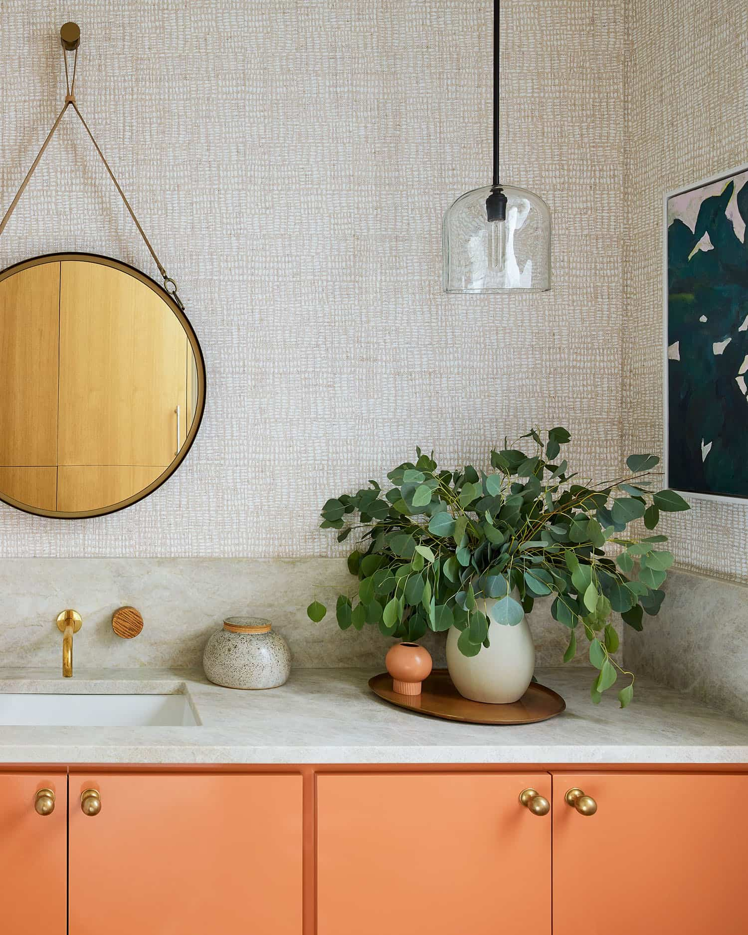 vibrant-dream-home-bathroom