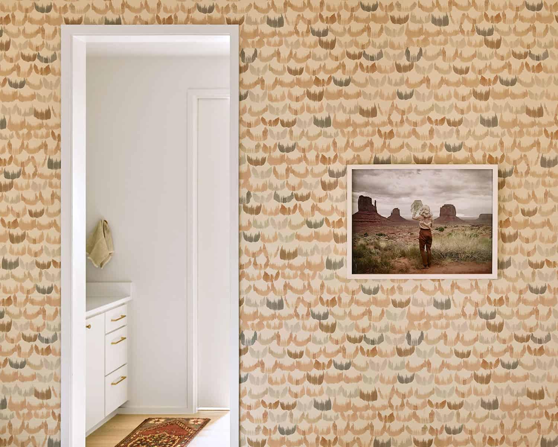 contemporary-bedroom-bathroom