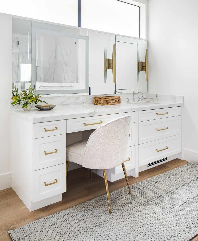 coastal-style-bathroom-vanity