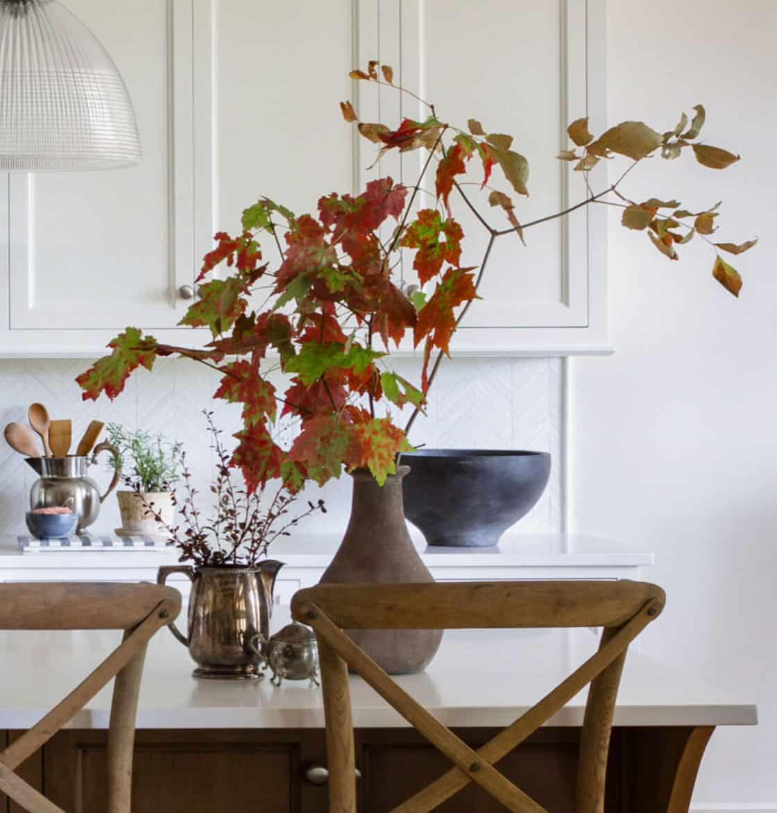 contemporary-fall-home-tour-kitchen-island