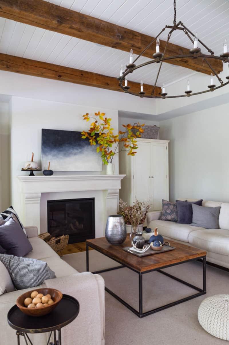 contemporary-fall-home-tour-living-room