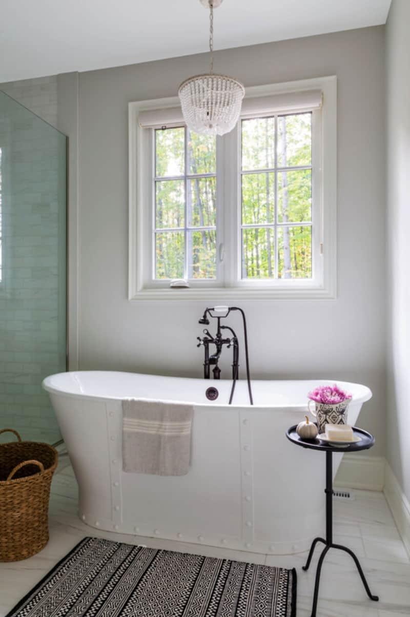 contemporary-fall-home-tour-bathroom