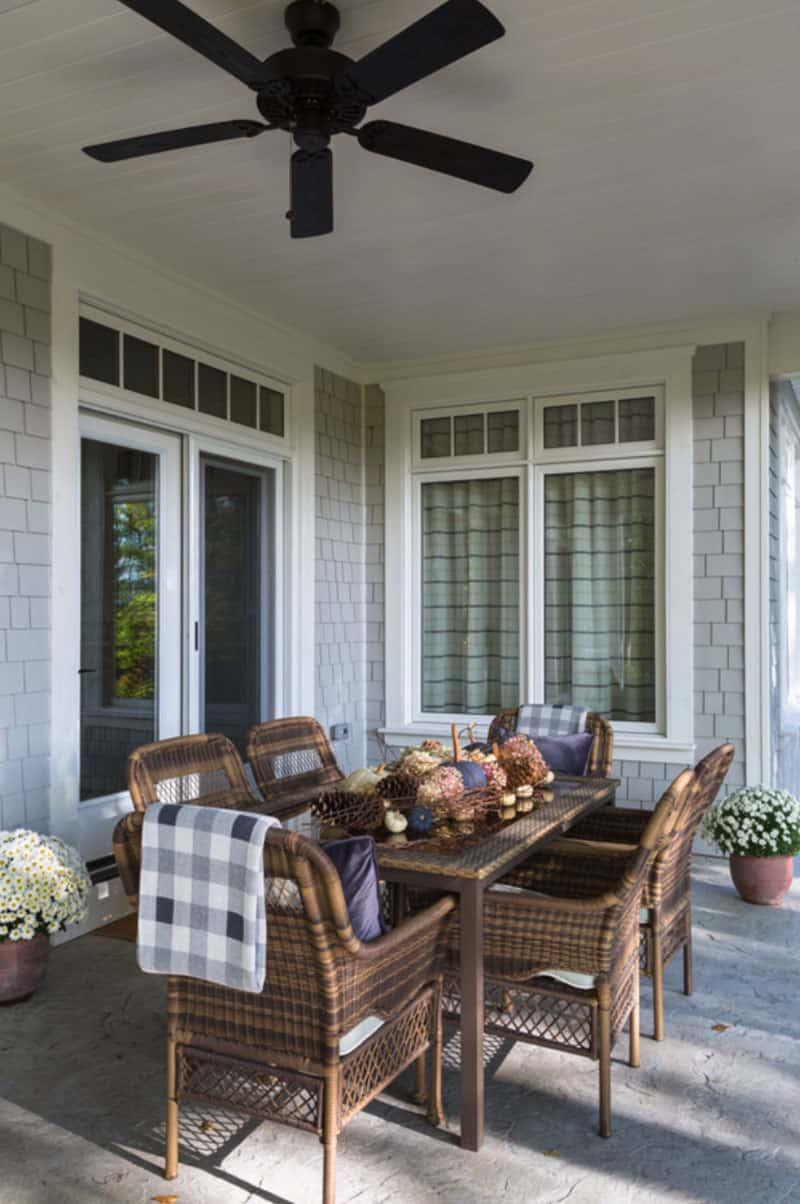 contemporary-fall-home-tour-porch-dining