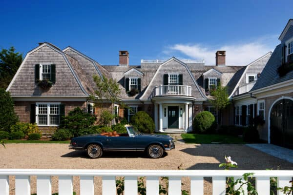 featured posts image for Gorgeous gambrel shingle-style home in countryside of Martha's Vineyard