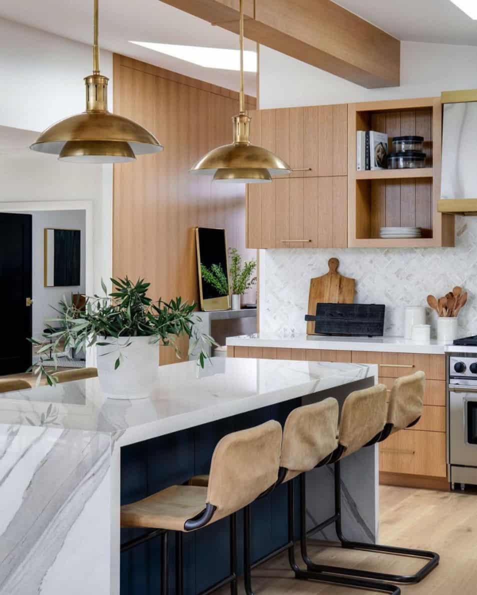mid-century-coastal-kitchen