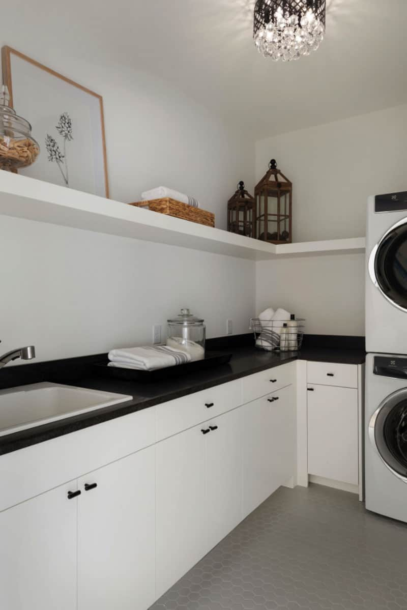 mountain-modern-contemporary-laundry-room
