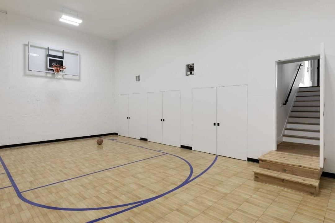 mountain-modern-contemporary-home-gym