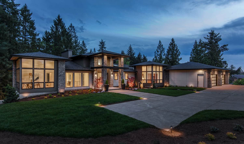 custom-home-modern-exterior